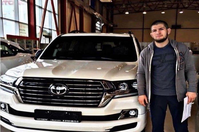 Машина Хабиба Нурмагомедова фото и картинки 001