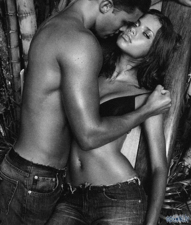 Мужчина и женщина страсть   фото черно белые (23)