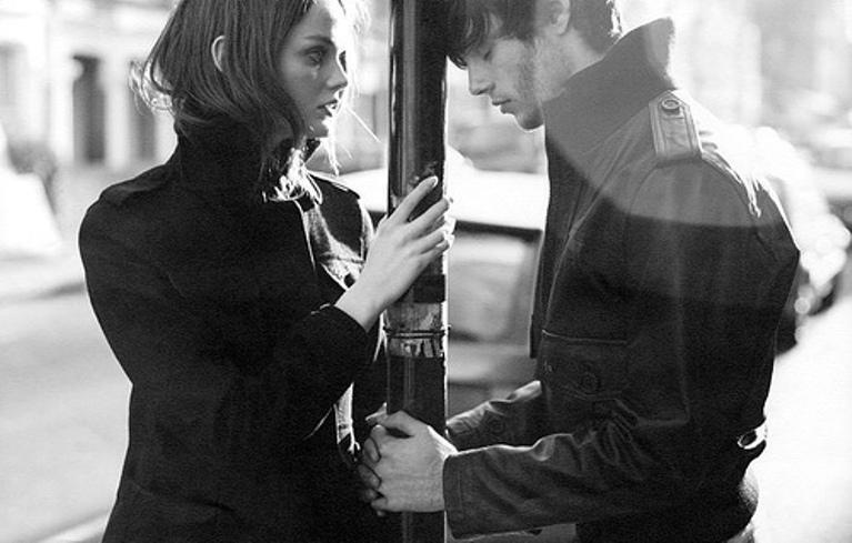 Мужчина и женщина страсть   фото черно белые (41)