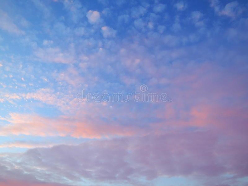 Небо с облаками розовыми   фото и картинки 003