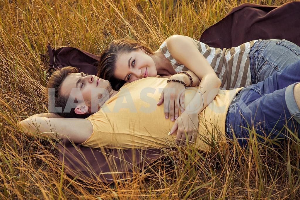 Пара в осеннем парке   красивые фото 009