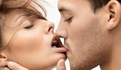Поцелуй в засос картинки и фото 009