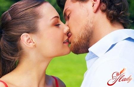 Поцелуй в засос картинки и фото 014