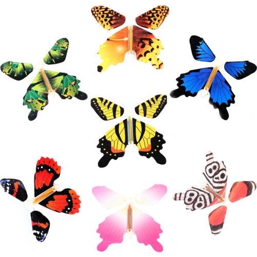 Прикольные картинки в руках бабочки 007