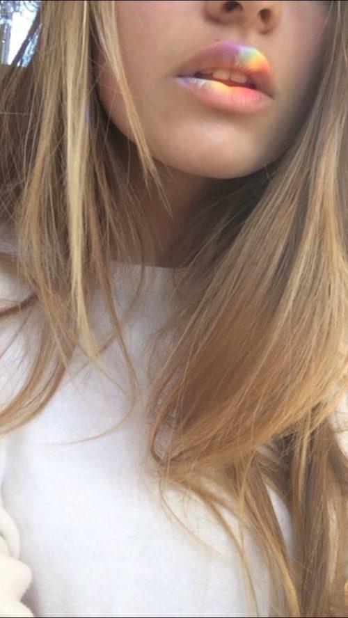 Русые девушки фото на аву без лица004