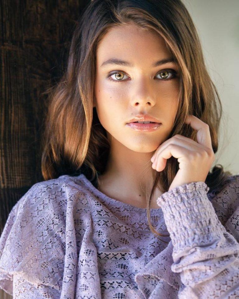 Elaine teen model — pic 2