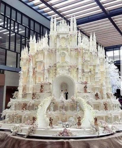 Самый большой торт и красивый   фото 001