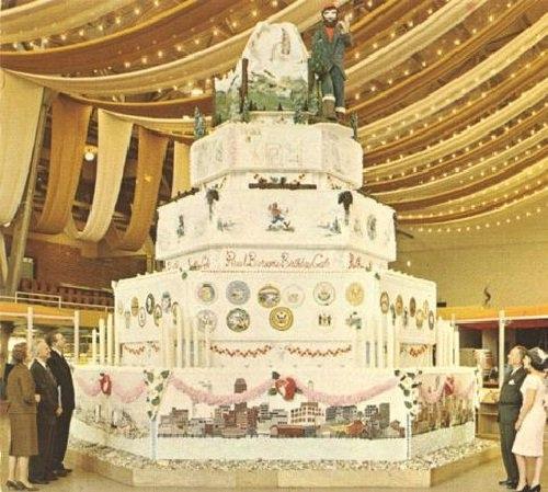 Самый большой торт и красивый   фото 015