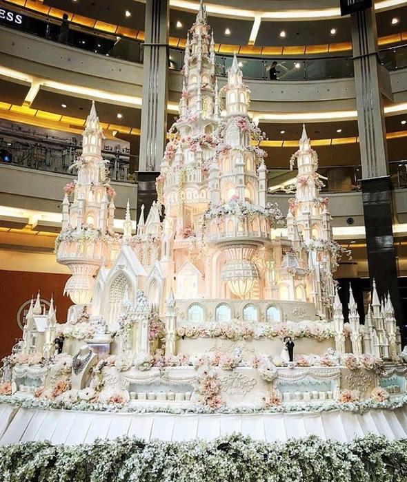Самый большой торт и красивый   фото 021