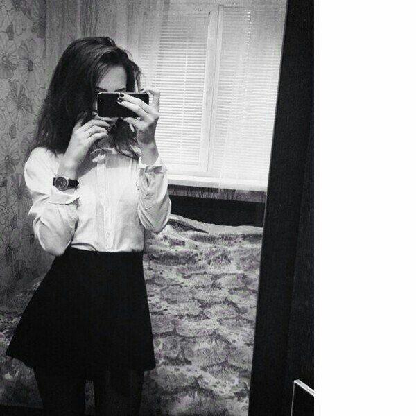 Топовые фотки девушек на аву без лица (28)