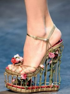 Удивительные картинки туфли на каблуках 021