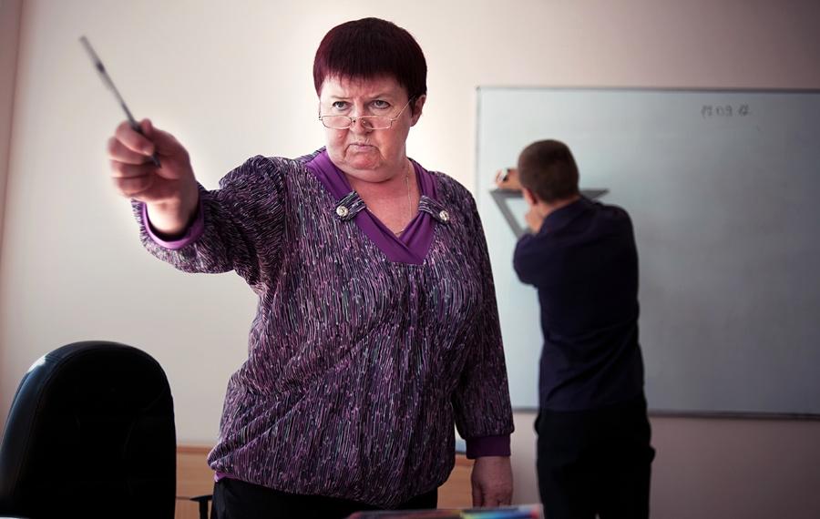 Учитель ругает ученика картинка и фото 004