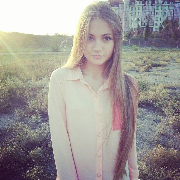 Фотки красивых девушек 14 лет на аву   подборка (8)