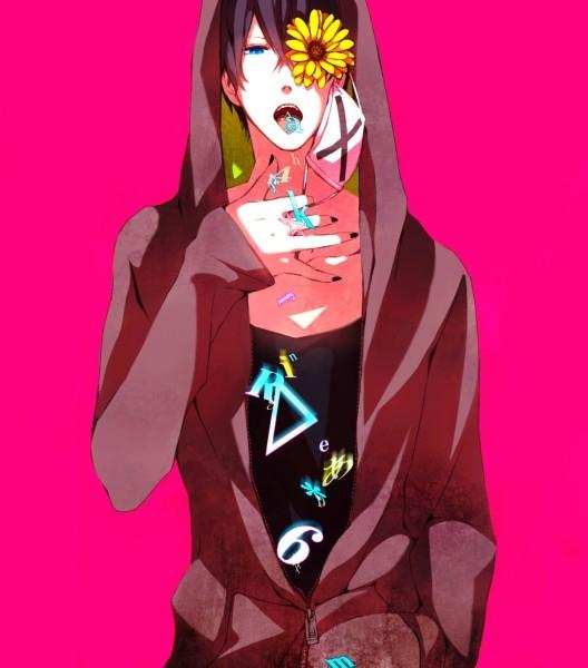 Фото аниме парней с наушниками и капюшоном   картинки005