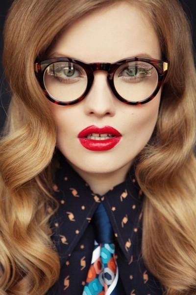 Фото блондинок девушек в очках подборка 013