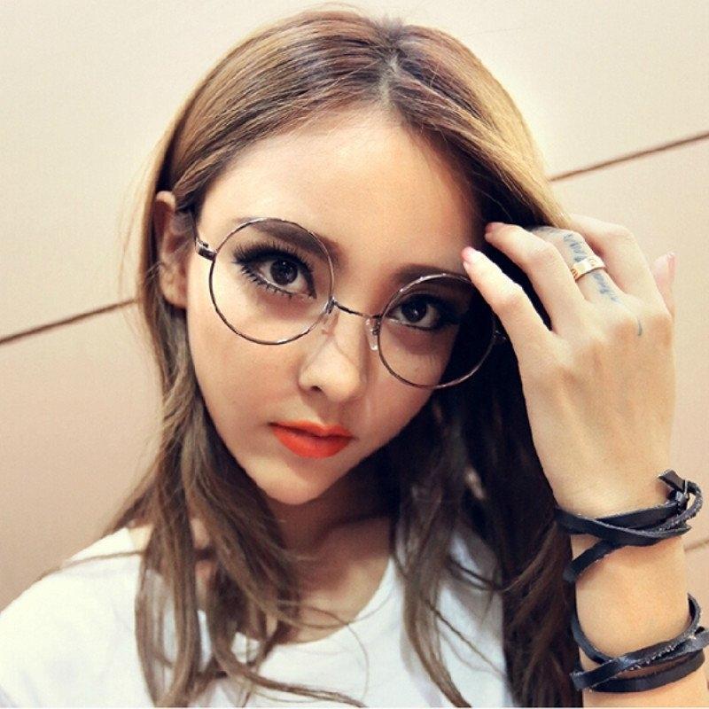 Фото блондинок девушек в очках подборка 020