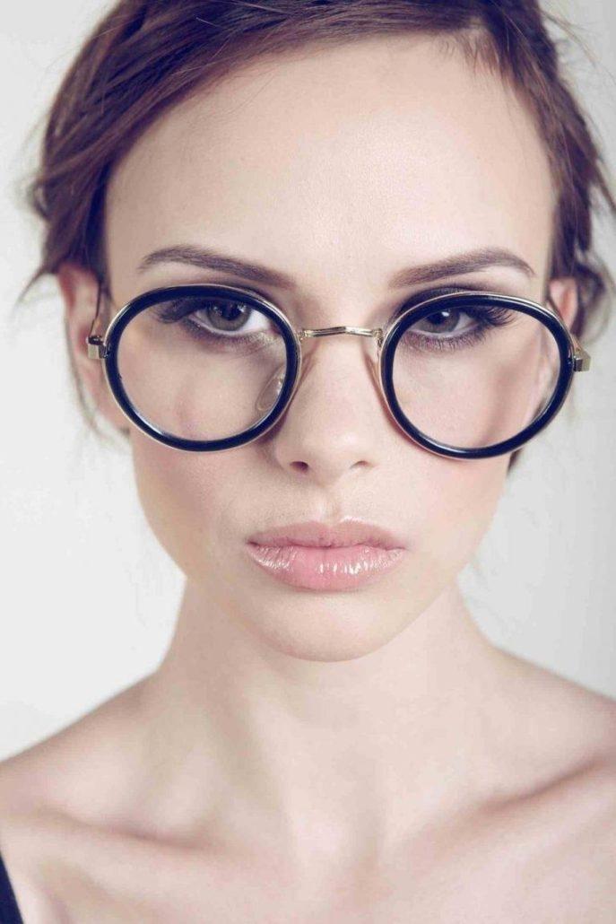 Фото блондинок девушек в очках подборка 026