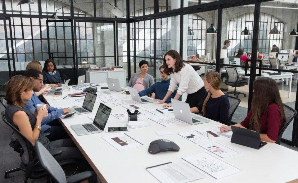 Фото в офисе работников   подборка 001