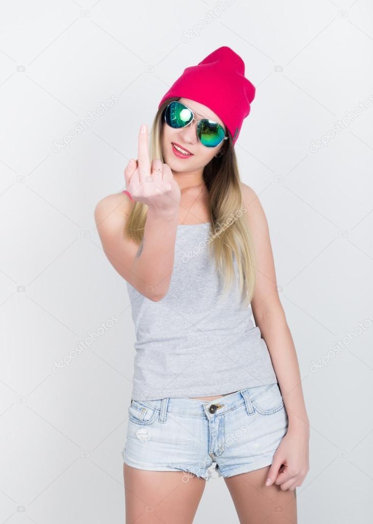 Фото девушек в джинсовых шортах и майках   подборка (12)
