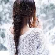 Фото девушек зимой со снегом со спины   подборка (10)
