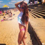 Фото девушек на пляже в России   подборка (7)