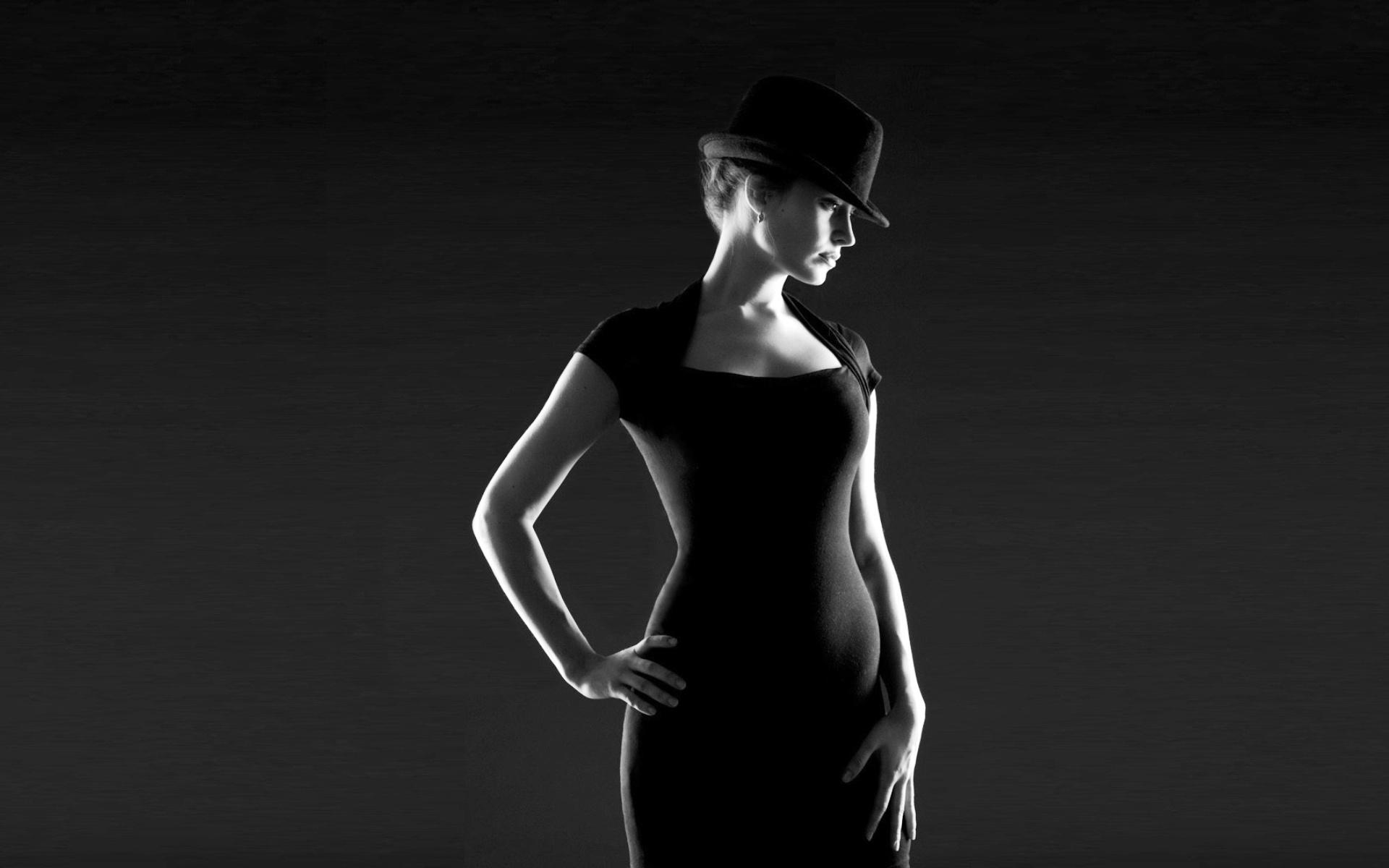 Фото девушка в платье черно белое   картинки (2)