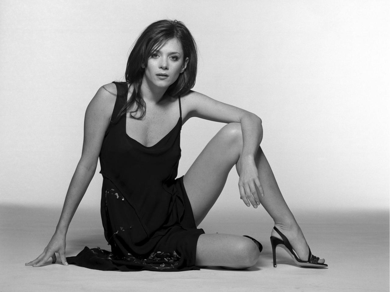 Фото девушка в платье черно белое   картинки (8)