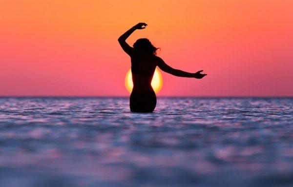 Фото девушка и закат солнца   подборка 005