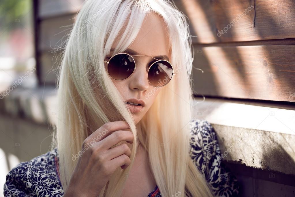 Фото девушки в очках блондинки   милые картинки 021