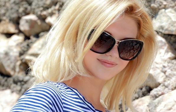 Фото девушки в очках блондинки   милые картинки 025