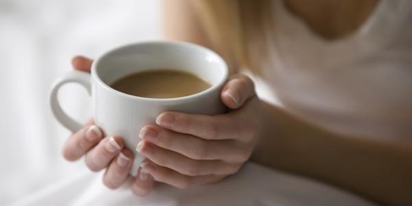 Фото девушки с чашкой кофе в руках   подборка (15)