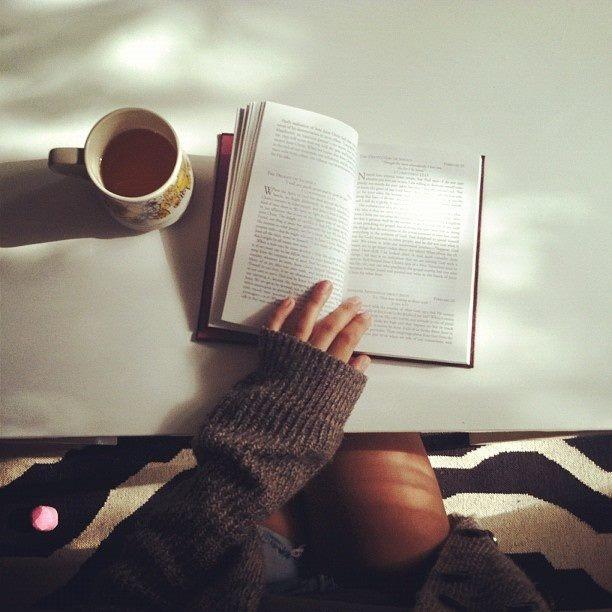 Фото девушки с чашкой кофе в руках   подборка (6)
