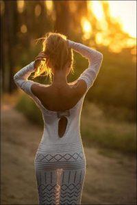 Фото красивые девушки спиной 020