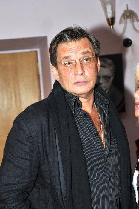 Фото мужчины 50 лет в очках русские   подборка (19)