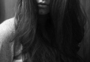 Фото на аву брюнетки женщины со спины020