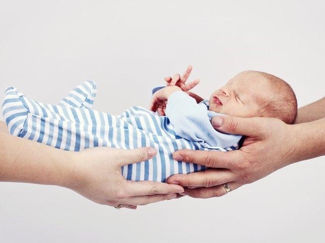 Фото новорожденных мальчиков в роддоме   подборка 024