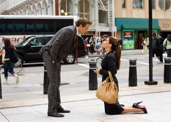 Фото парень перед девушкой на коленях   сборка картинок (15)