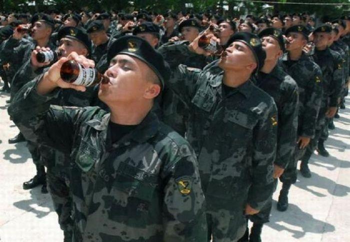 Фото приколы военные   смешные картинки 020