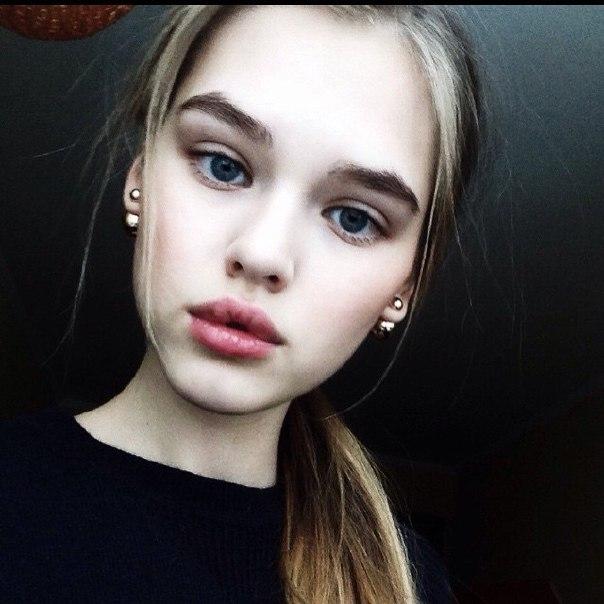 Фото с губами девушек   подборка014