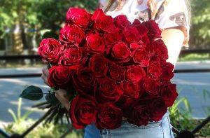 Цветы подаренные девушке фото   подборка027