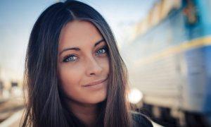 Черная девушка с голубыми глазами   фото 022