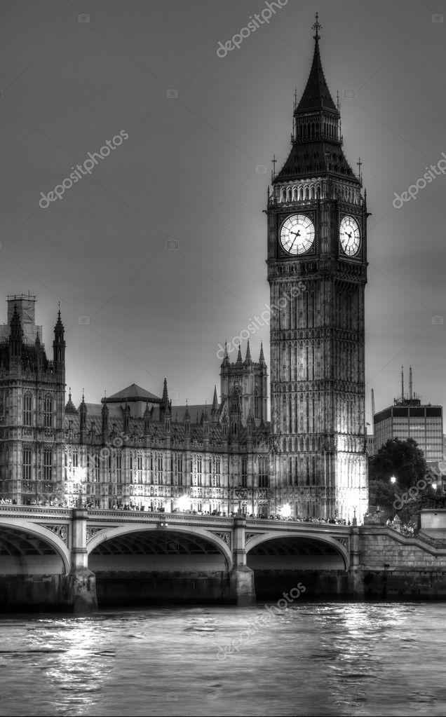 Черно белое фото Биг Бен 007