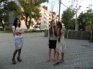 Чеченские девушки фото со спины 012
