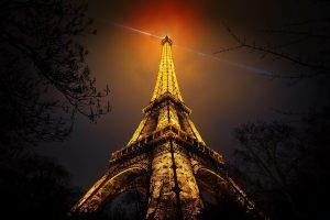 Эйфелева башня ночью   фото в большом разрешении (20)