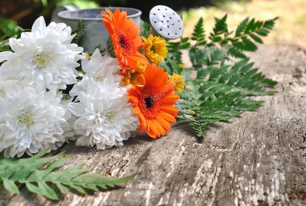 Букеты из садовых цветов фото   красивые014