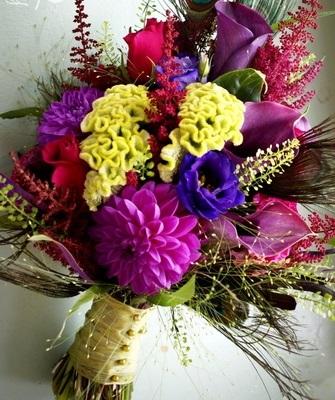 Букеты из садовых цветов фото   красивые017