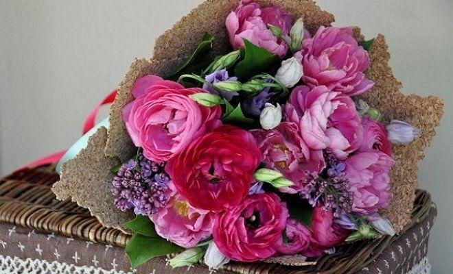 Букеты из садовых цветов фото   красивые018