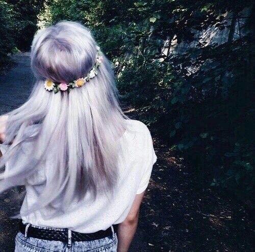Девушка в короне на аву   красивая011