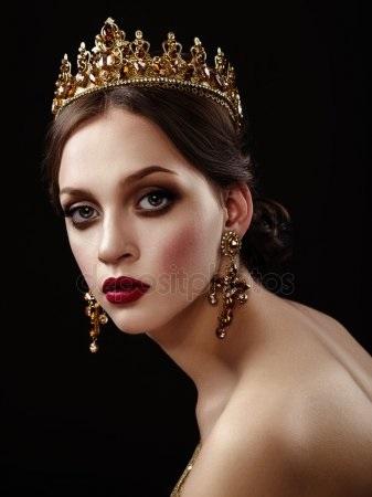 Девушка в короне на аву   красивая014