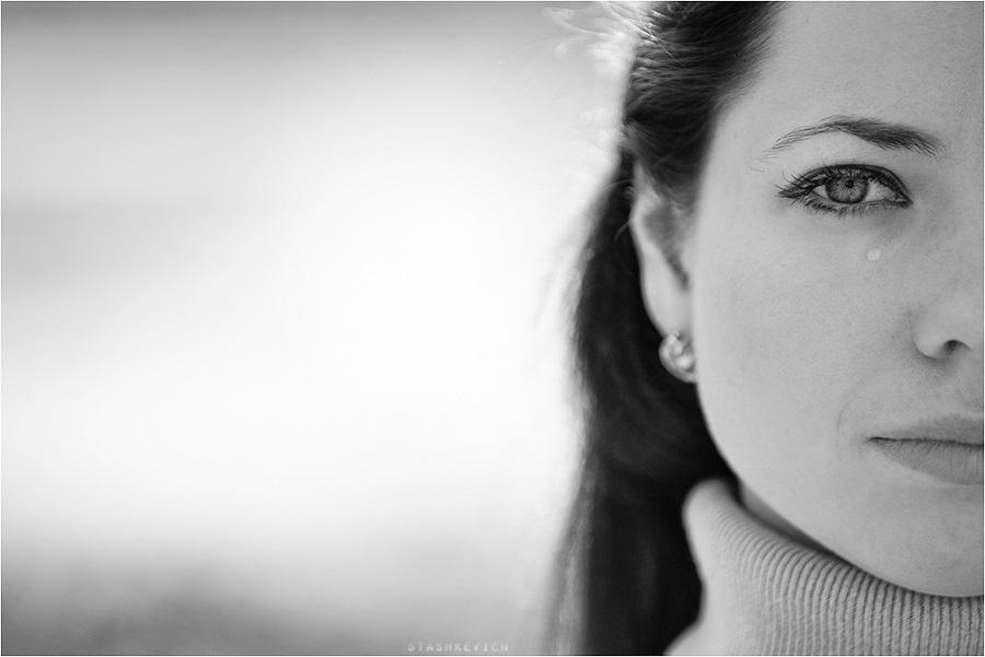 Картинки женщина в слезах   красивая подборка015